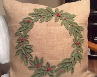 Burlap Wreath Pillow Cover, Christmas Wreath Pillow Holiday Throw Pillow, Christmas Decor, Sage Green Wreath, 3D wreath, Wreath on pill