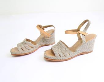 VINTAGE Womens Sandals 1970s Sandals Espadrille Wedge Heels Size 8.5