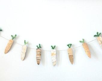 Easter Decor, Easter Carrots, Carrot bunting, Carrots, Easter carrots banner, Spring Decor, Wood garland, Wooden Easter Decor, Shabby chic