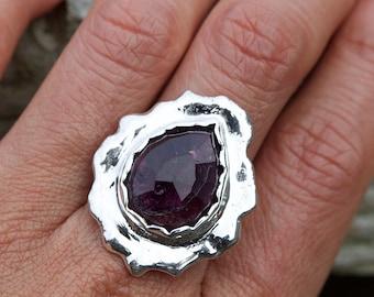 Rustic Ring Tourmaline Drop, Gemstone Ring, Tourmaline Rose cut, Uneven Shape Ring, Gem Ring
