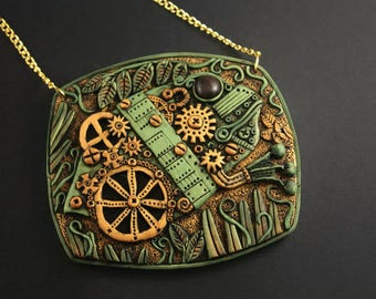 Steampunk pendant - polymer clay jewelry - steampunk animals - steampunk jewelry - woman steampunk - polymer clay necklace Merry Green Kiwi