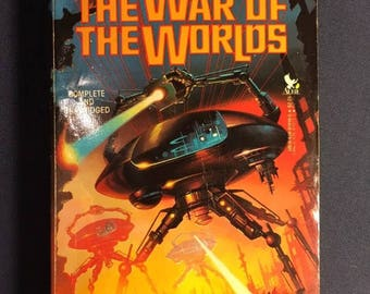 The War Of The Worlds 1987 Novel Book By H.G Wells - Sci-Fi Science Fiction