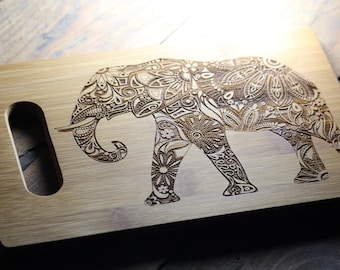 Personalized Cutting Board, Elephant Personalized Gift, Elephant Cutting Board, Elephant Decor, Baby Shower Gift, Housewarming Gift, Closing