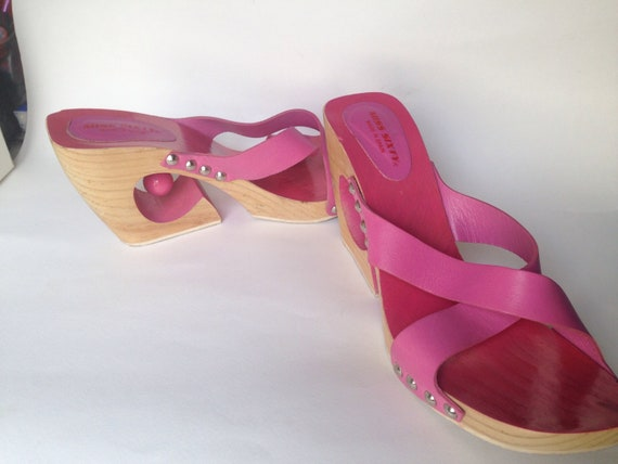 Cute bell Kawaii with pink pink leather heels wooden slides ringing twisted Novelty pink Miss sandals sandals Sixty wooden with sandals zRqT1