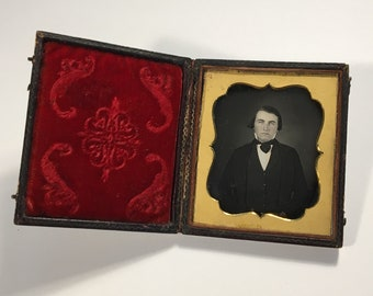 Daguerreotype of a Blue-Eyed Gent, 19th Century Antique Photo in Full Case, Sixth Plate Daguerreotype