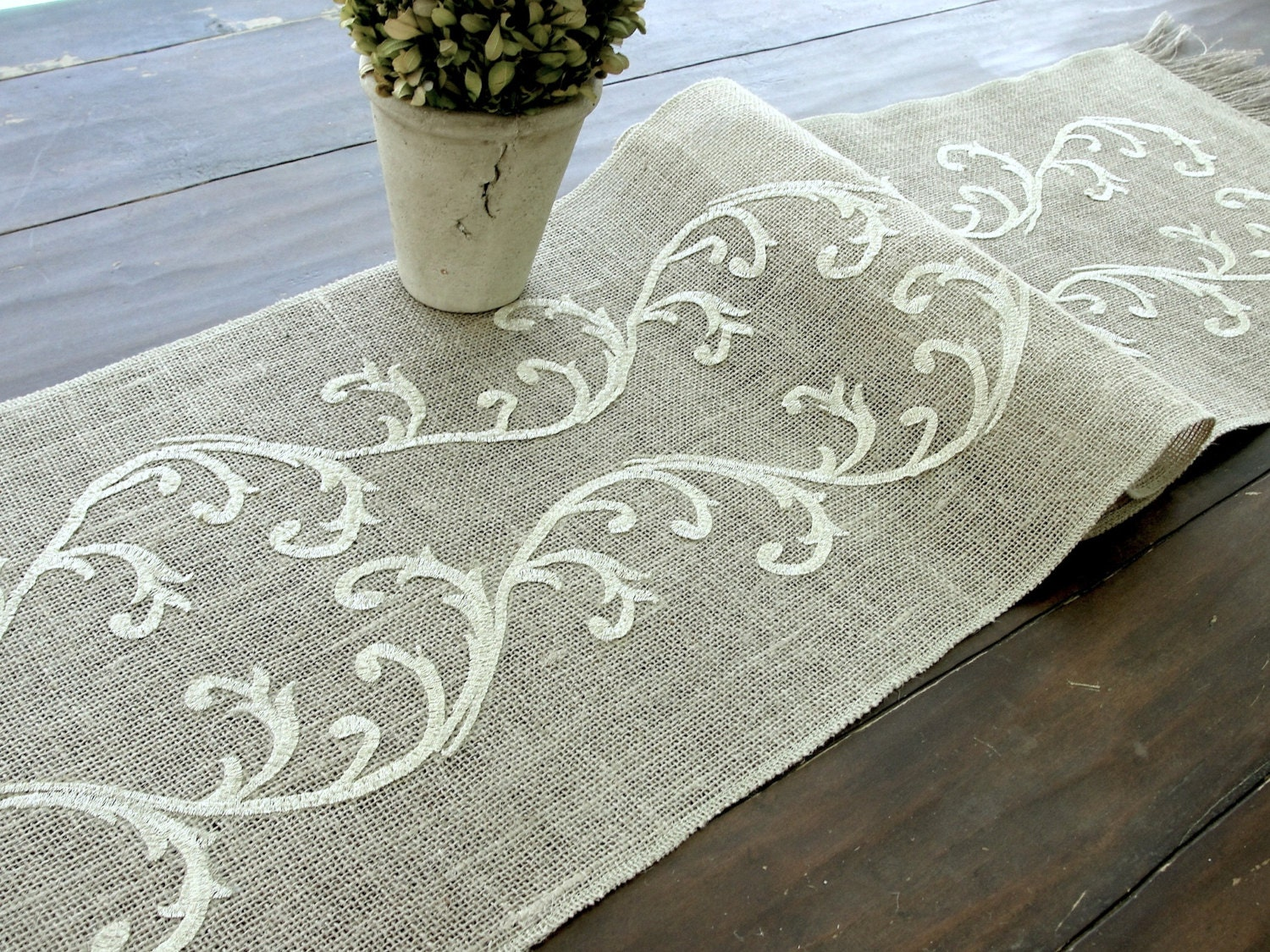 burlap wedding table dreams runners of runner hessian my original theweddingofmydreams the by product