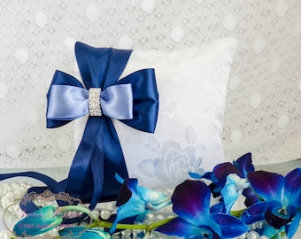 White & Blue ring bearer pillow, Wedding ring bearer, Wedding ring cushion, Wedding ring holder, Ring bearer, Lace pillow, Something Blue