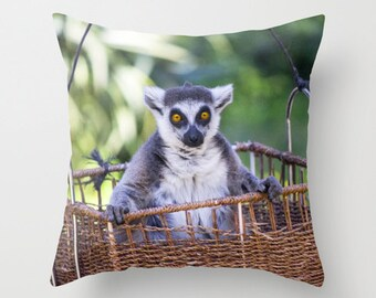 Lemur Photo Pillow cover Throw Cushion covers Pillow case Accent pillow Couch pillow Decorative pillow Animal Photo Pillow 16x16 18x18 20x20