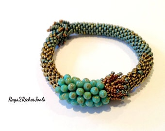 Bead Crochet Bangle Bracelet - Bubbles
