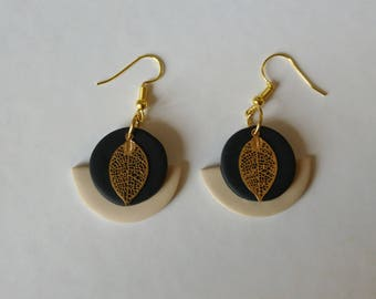 Metalvdore leaf earrings beige and black polymer clay charm