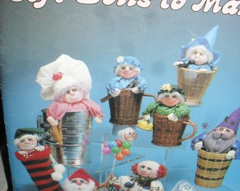 Sewing Pattern Book - Soft Dolls to Make - Funny Faces in Odd Places Full size Patterns - 1982-