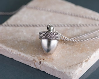 Mother's Day Gift Acorn Necklace, Locket for Ashes, Silver Acorn Locket, Pendant Cremation Necklace, Ash Locket, Ashes Pendant Mourning