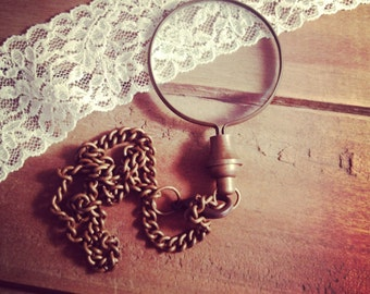 1 - Antique Bronze Monocle Magnifying Glass Pendant Charm REALLY WORKS Antique Bronze Vintage Style Jewelry Supplies (BA004)