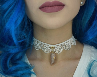 Champagne Wishes on a Dragon's Tooth - Choker Necklace