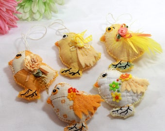 Pick-A-Chick Sunny Yellow Chickadee Quilty Critters (1 per) / OOAK / Folk Art / Ornament / Easter / Springtime / Gift