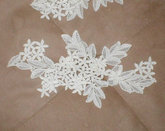 Large Vintage White Venise  Lace Applique