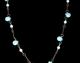White Glass Flat Briolette & Glass Pearl Necklace (N117)
