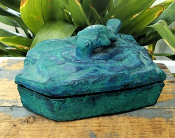 HECHO En Mexico Stone  Artisan Box - Blue Box Koi Fish Diving In Water - Jewlery Box Applied Fish Handle - Mexican Folk Art Box