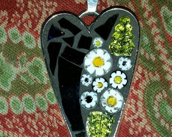 Iridescent blue, green glass mosaic heart necklace with white and black daisies