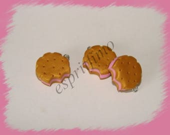 "Charm ""biscuit chewed Strawberry"" Fimo"