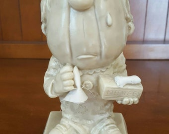 """1971 Russ Berrie Co Collectible Figurine """"Sorry To See You Go"""""""