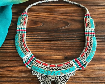 Ethnic turquoise lock necklace, Nepali Vintage Boho necklace, Tibetan Mosaic jewelry, Tribal Gypsy necklace, Coral amulet, nomadic jewelry