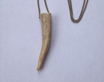 P L A I N | Deer Antler Necklace | Horn Necklace