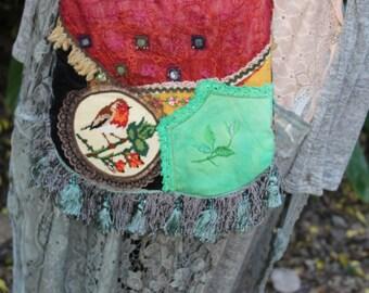 Lil Red Robin boho bag