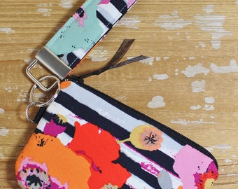 Black and White Floral Wristlet Key Fob and Coin Purse