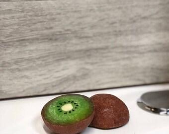 Kiwi Soap (Half)