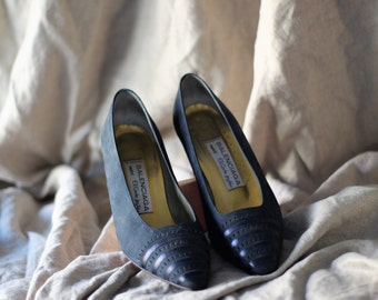 Balenciaga shoes / navy suede pumps / dark blue leather heels / designer pumps / pointy toe shoes / 36 / 37 / 5.5 / 6 / 6.5