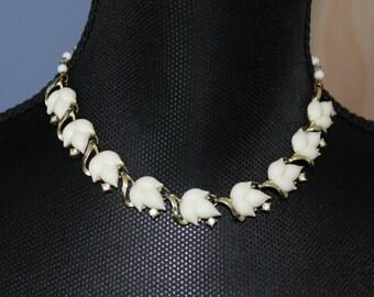Lisner Leaf Necklace