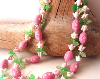 Lovely Vintage Double Strand Pink Bead Flower Necklace