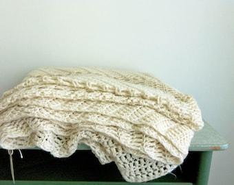 Vintage Crochet Blanket/Bedspread/Handmade Cotton Bedcover/Large Beige Crochet Afghan/Bohemian Blanket/Boho Bed Decor/Chevron Pattern