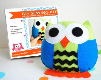 Owl Pillow Sewing Kit, Felt Kids' Crafts, Felt Sewing Kit in a Box, 8+ years old craft, No sewing machine,  A679