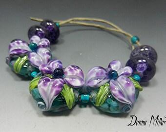 HANDMADE LAMPWORK Beads SRA Sculpted Flowers purple orchid aqua teal lily Donna Millard spring garden