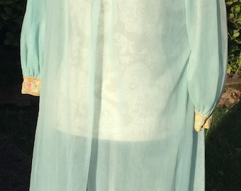 Vintage Peignoir Sheer Seafoam Lingerie Dressing Gown With Floral Embroidered Collar