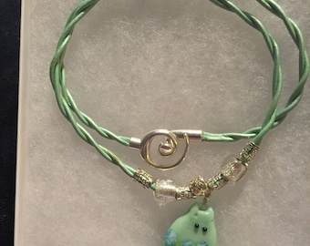 Mint green leather and kitty lampwork pendant, kitty necklace,