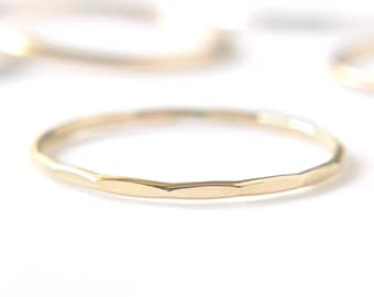 14K Solid Yellow Gold Thin stacking ring - hammered faceted or grooved texture - delicate gold ring - simple dainty jewelry / Signe 1mm 14K