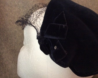 Midnight Navy Blue Vintage Velvet Half Hat with Bows and Veiling