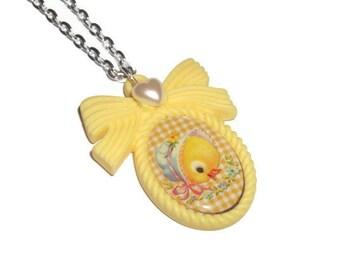 Kawaii Necklace, Baby Duckling, Yellow Duck Cameo Necklace, Retro Vintage Look