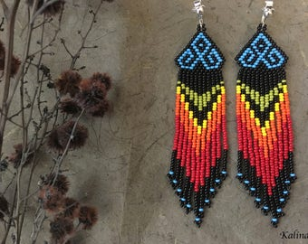 Native american style Beadwork, native style earrings, beaded earrings, seed bead earrings, modern earring, boho earrings, fringe earrings