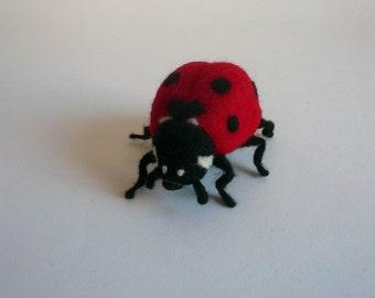 Needle felted ladybug/ Needlefelted red ladybug/OOAK /Felted ladybug