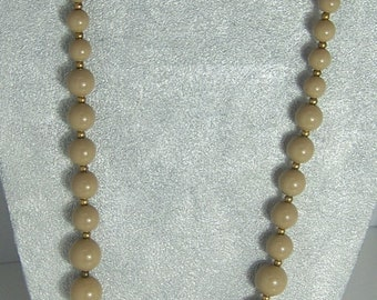 Taupe Verigated Bead Strand