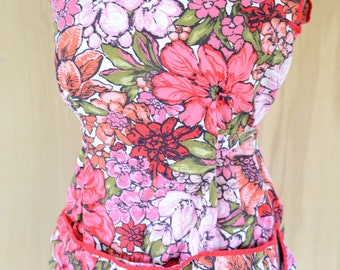 Vintage Apron, Art smock, Pinnafore, women's, tie back, with pockets, adjustable, retro, floral