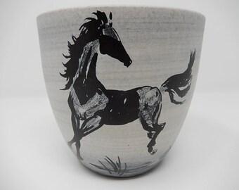 old Vase of Sèvres de Milet, equestrian decoration, free delivery!