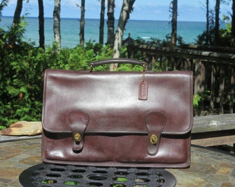 Dads Grads Sale Coach Diplomat Briefcase In Burgundy (Mocha?) Leather - New York Bag- Made In USA- Very Good Condition