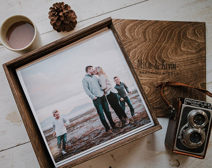 10x10 Wood print/album box with enough space for 10x10 prints or album - NO USB area