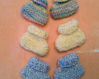Doll Clothes/Knit Doll Booties/Baby Doll Booties/Retro Baby Doll Booties/Nostalgic Baby Doll Booties/Little Girl Gift/Doll Booties Wardrobe