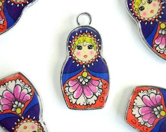 Nesting Doll Charms, Matryoshka Pendants, Russian Doll Charms, Blue Enamel Resin  - 2 pieces (279)